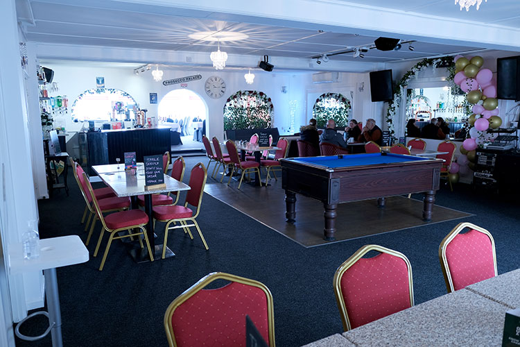 the-mulberry-bar-area-greastone-kent