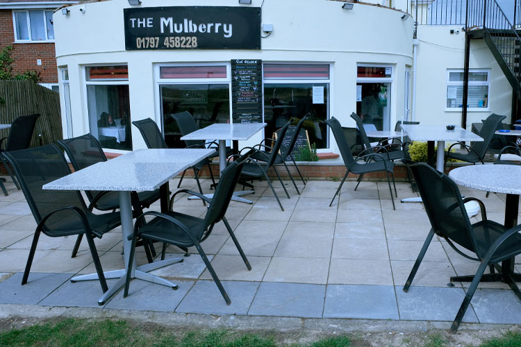 the-mulberry-outdoor-seating
